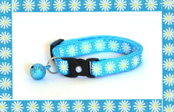 Cat Collar - Daisies on Blue - Small Cat / Kitten Size