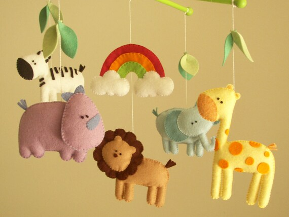 Felted safari animals mobiles, Etsy: atelierbloom
