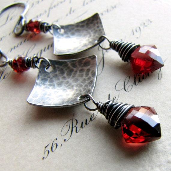 Garnet Earrings Diamond Briolette Gemstones Oxidized Sterling Silver Triangle Hammered Metalwork challenevi