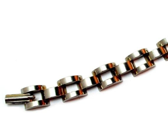 Gold Tone Bracelet Vintage 1960s Articulated Links