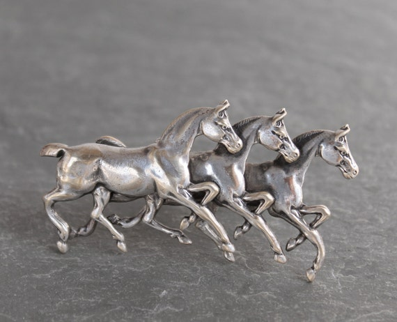 Wild Horses Ring