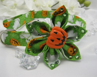 Halloween Collar and Flower - Large or Medium - Green Ghosts- Item 524