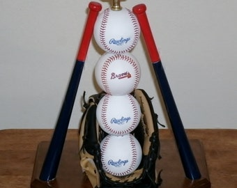 Ultimate Atlanta Brave's Baseball Lamp (All 32 teams available)