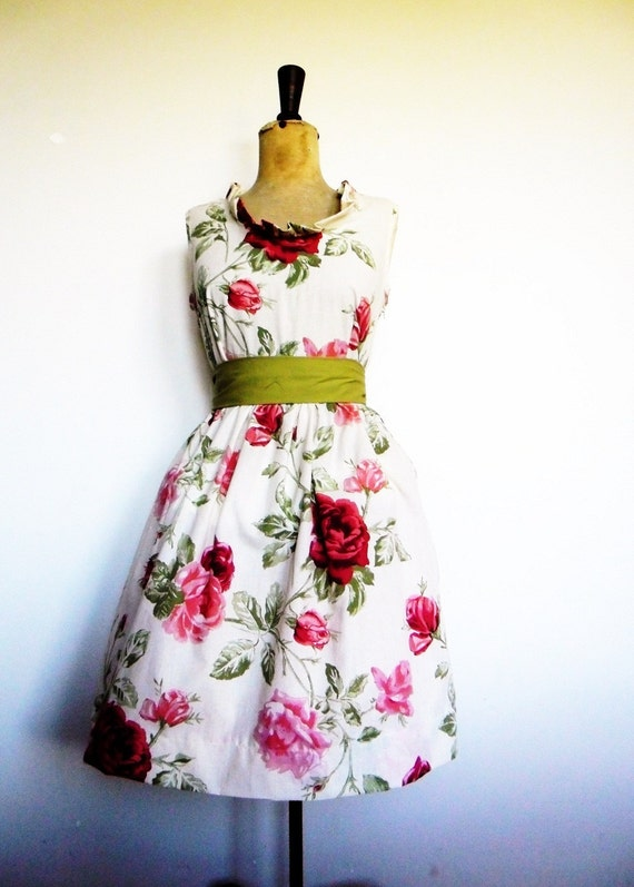 The Secret Garden tea dress in vintage fabric - custom made