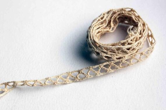Triangle cream trim french vintage beige handmade crochet ribbon