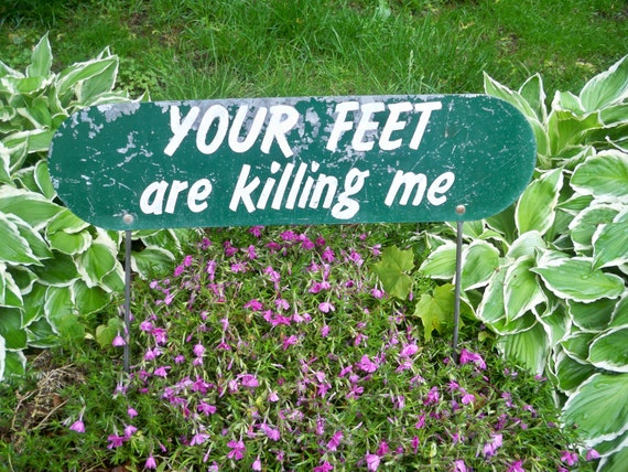Vintage 1950s Garden Sign For Wall Hanging or Garden Humor