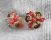 Kitsch Vintage 1950s Pink Shell Earrings