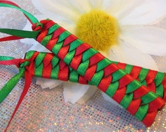 Children's Christmas Barrettes - 1980's Braided Ribbon Barrettes