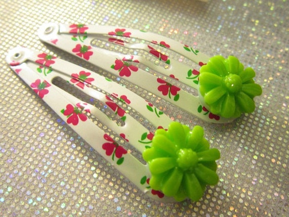 Flower Hair Clip -  Girl Barrettes - Gift Under 5