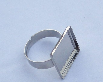 30pcs Shiny Silver Ring Base Adjustable with 16mm Square Pad
