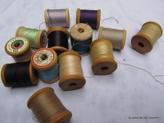 Vintage Wooden Spools 13 various (G)
