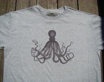 Men Octopus Tee shirt - Nautical  T-shirt