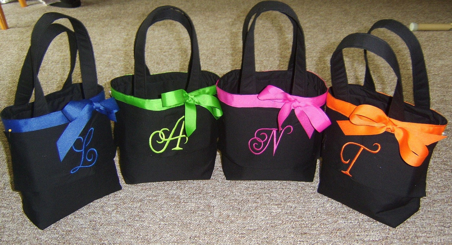 Personalized Bridesmaid/Flower girl Totes by quilting4mama