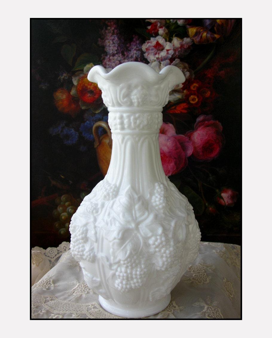 vintage milk glass vase by imperial glass vase by. Black Bedroom Furniture Sets. Home Design Ideas