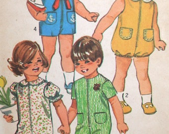 Vintage Toddlers Jumpsuit and Bubblesuit Sewing Pattern Simplicity 9290 Size 2 Chest 21