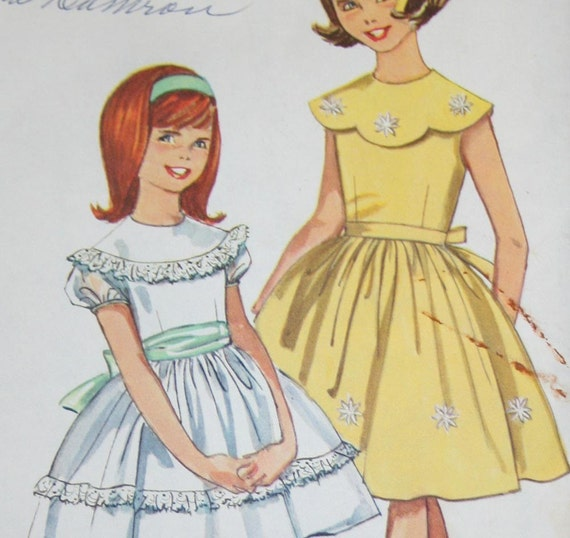 Vintage 1960s Party Dress Sewing Pattern Simplicity 5371 Size 8