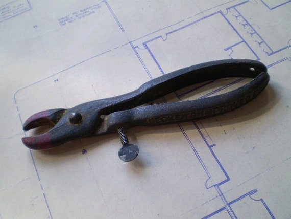 RESERVED FOR KEITH - Vintage Pliers & Vintage Large Round Metal Stamping