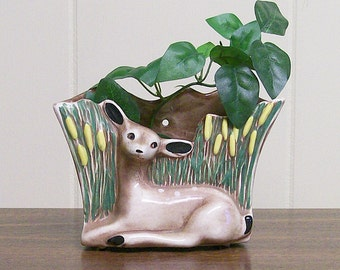 Wall Pocket Vase / Planter Ceramic Fawn