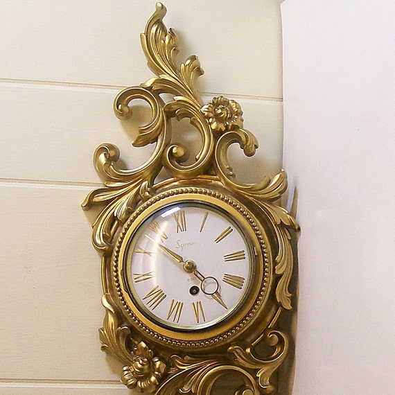 Vintage Syroco Eight Day Wall Clock Gold Flower Vines
