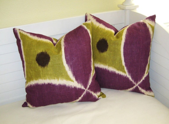SALE - Pair of Ada In Chartreuse by Thomas Paul  for Duralee Pillow Cover