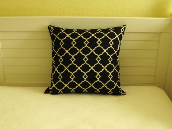 "Waverly Sun N Shade Chippendale Fretwork in Onyx Indoor Outdoor 20""x20"" Pillow Cover"