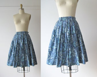 vintage 1950s skirt / 50s full skirt / Blueberry Fields