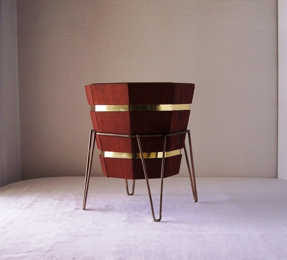 mid century redwood planter with stand. Black Bedroom Furniture Sets. Home Design Ideas