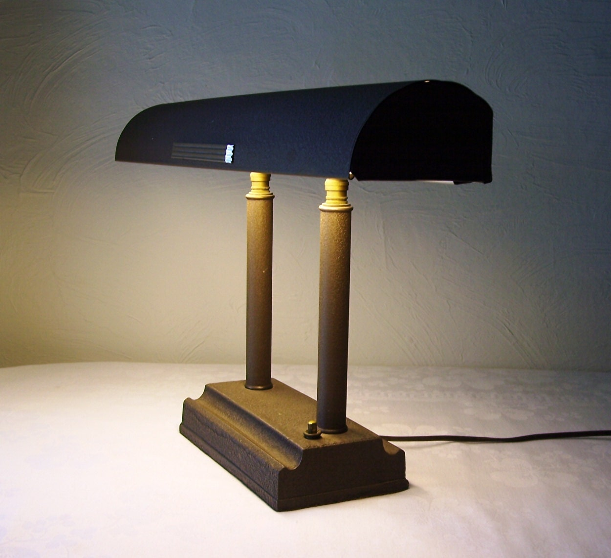 Vintage Art Deco Desk Lamp Adjustable Light