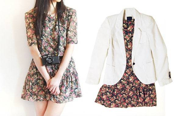 30% OFF .......... Vintage Summer Floral Bouquet Mod Drop Waist Mini Dress