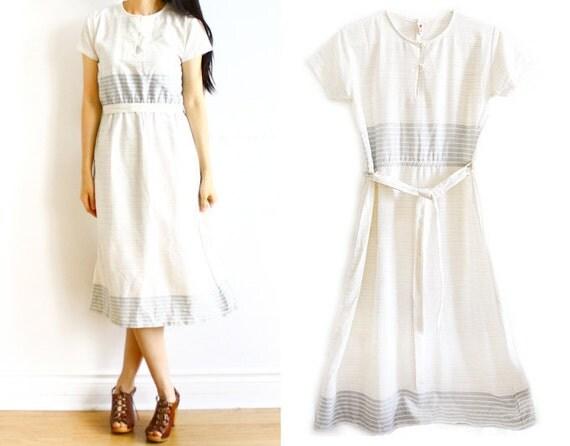 10% OFF - Vintage 1950's HEATHER STRIPES Midi Dress