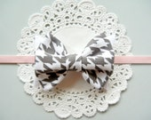 Fabric Bow Headband - Gray and White Houndstooth Fabric Bow - Soft Pink Skinny Elastic - Newborn
