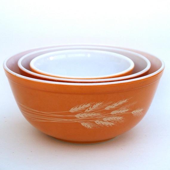 Vintage Kitchen Bowls: Vintage Pyrex Bowls Mixing Dishes Harvest Orange Baking