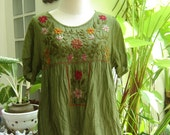 Short Sleeves Bohemian Embroidered Top in Apple Green