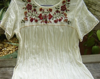 Bohemian Embroidered Top in Ivory