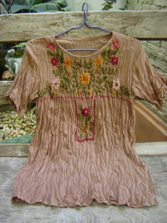 Short Sleeves Bohemian Embroidered Top in Light Brown