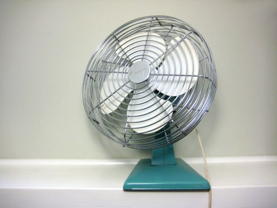 Vintage Aqua Fan, Retro 1950s Mid Century Electric Table Fan in Sky Blue, White, Silver Chrome, Working Condition, Summer Cool