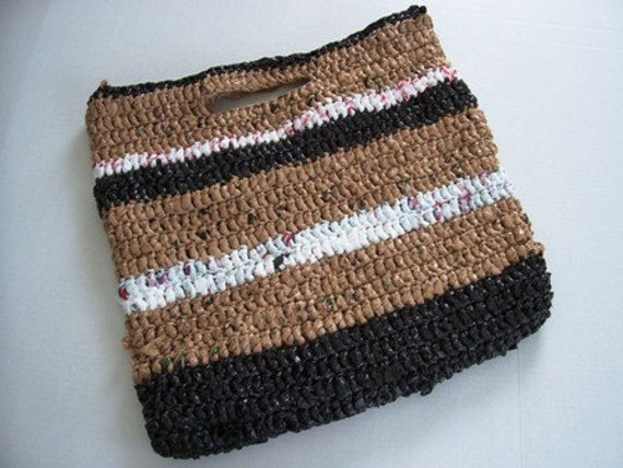 Beach Tote Bag Hand Crochet with Plarn Recycled shopping bags by kams-store.com