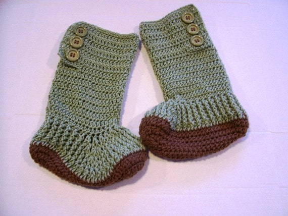 Hand Crochet Ugg looking Slipper Boots for Teens and Adults by Kams-store.com