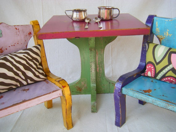 Dolly's Tea Party Table and Chairs