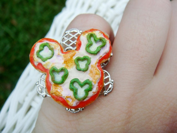 Mickey Mouse Pizza Ring