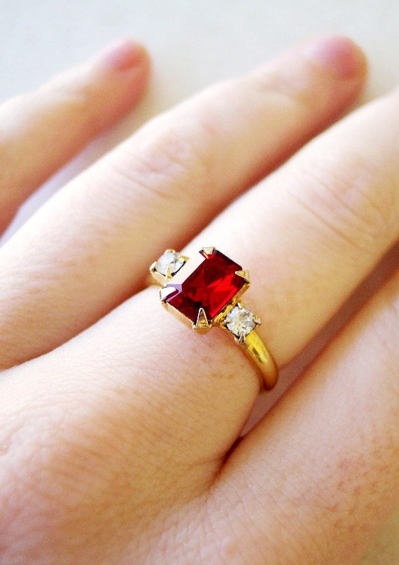 Lady in Red - Vintage 1950s Rhinestone ring with Large Ruby and Diamond Glass Stones Adjustable size 7.5