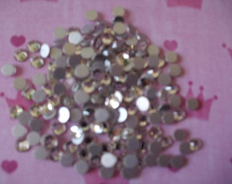 kawaii clear rhinestones     3 mm  more than 100 pcs     USA seller