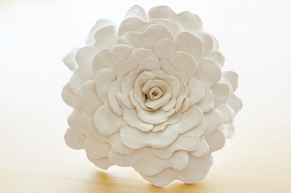 Sculpted Flower makes a gorgeous centerpiece