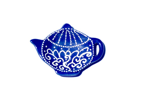Blue tea dish in vintage style