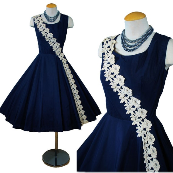 Vintage 1950s Navy Blue Rhinestone Embroidered Sash Cocktail Party FULL SKIRT Evening Dress Small - Medium