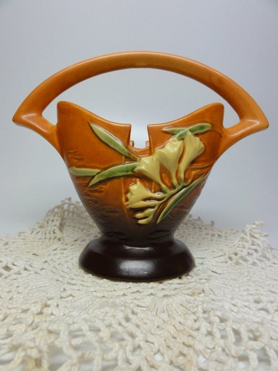 SALE Roseville Freesia Ceramic  Basket  Art Deco Inspired WAS 130.00