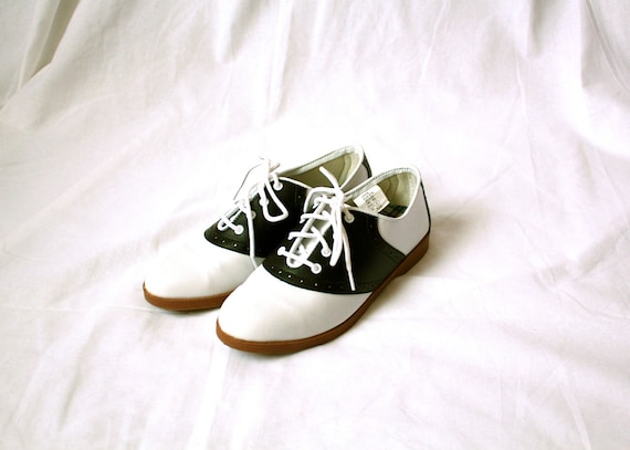 black and white girls saddle shoes size 6