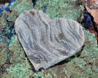 Sparkling Heart Shaped Brazilian Chalcedony Druzy Cabochon J13B7408