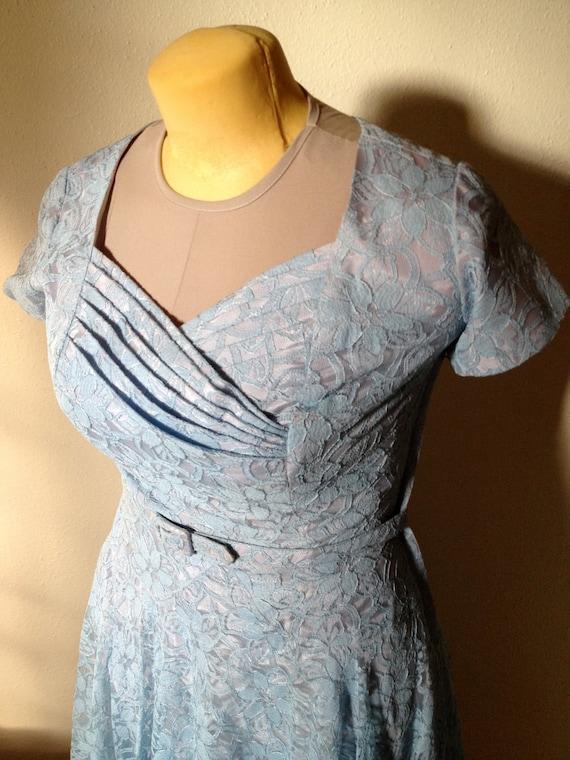 Vintage blue lace fifties formal dress sz M/L