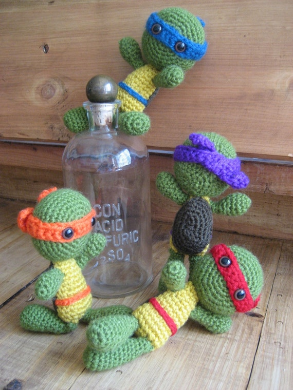 Ninja Turtle Crochet Amigurumi : Teenage Mutant Ninja Turtles Set of 4 by ChristinasYarnCrafts